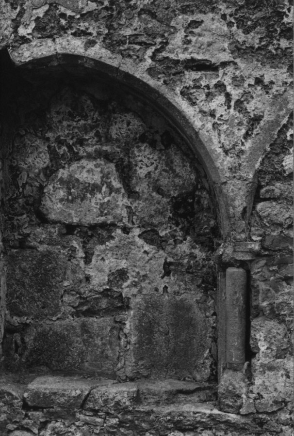 Clonmacnoise-1 arch